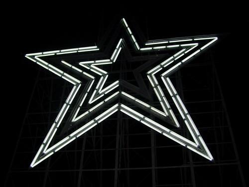 Roanoke Star following Virginia Tech shooting [02]