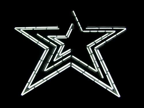 Roanoke Star following Virginia Tech shooting [01]