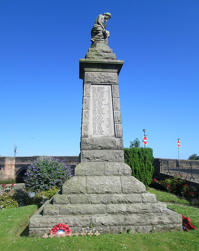 War Memorial Tweedmouth