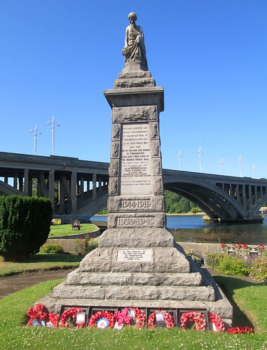 War Memorial, Tweedmouth