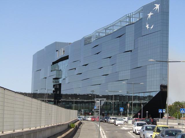 Stazione Tiburtina un grande  parallelepipedo vetrato architetto Paolo Desideri e associati