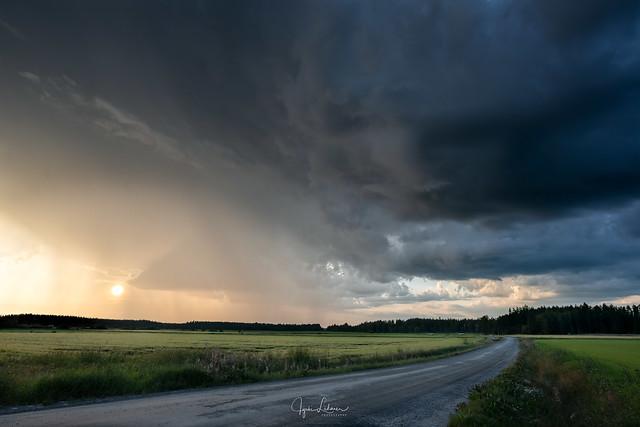 Waiting for Thunder *EXPLORE*