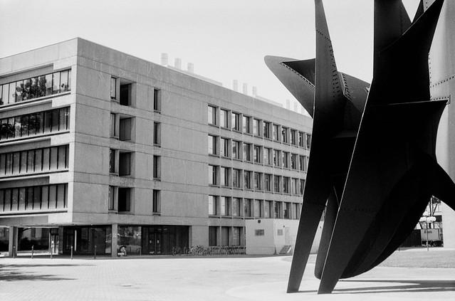 MIT, Ames St., Cambridge, MA