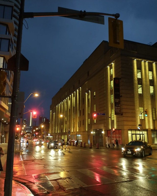 Looking south, Church Street at Wood #torobto #churchandwellesley #churchstreet #woodstreet #evening #twilight #blue #rain #dlws #mapleleafgardens #loblaws60carlton