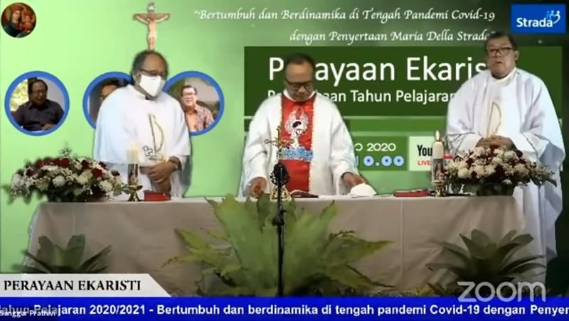 Perayaan Ekaristi Syukur (Online) di Tengah Pandemi Covid-19 Perkumpulan Strada