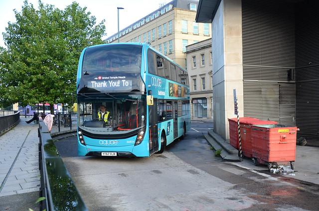 Aquae YT67 XJX, Bath