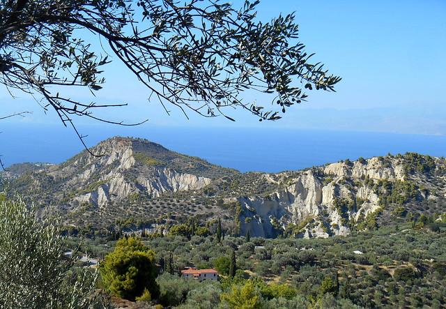 Υπέροχο μεσογειακό τοπίο στη βόρεια Πελοπόννησο / Wonderful Mediterranean landscape at the northern Peloponnese