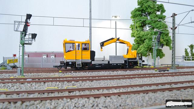 VIESSMANN 2620 ROBEL Gleiskraftwagen der DB AG