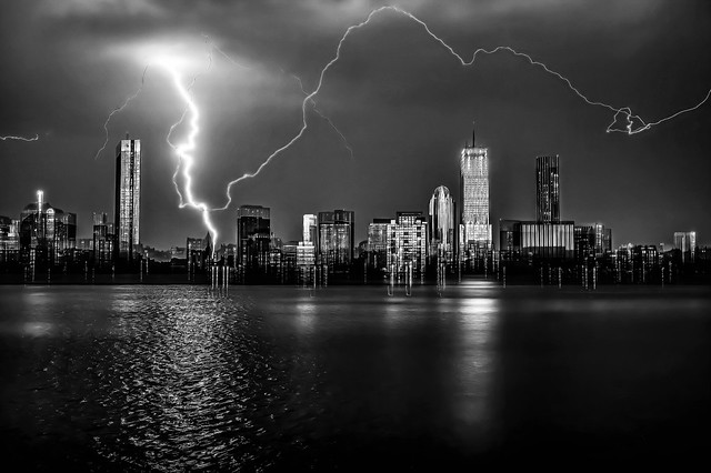 Thunderstorms and lightning in the city of Boston