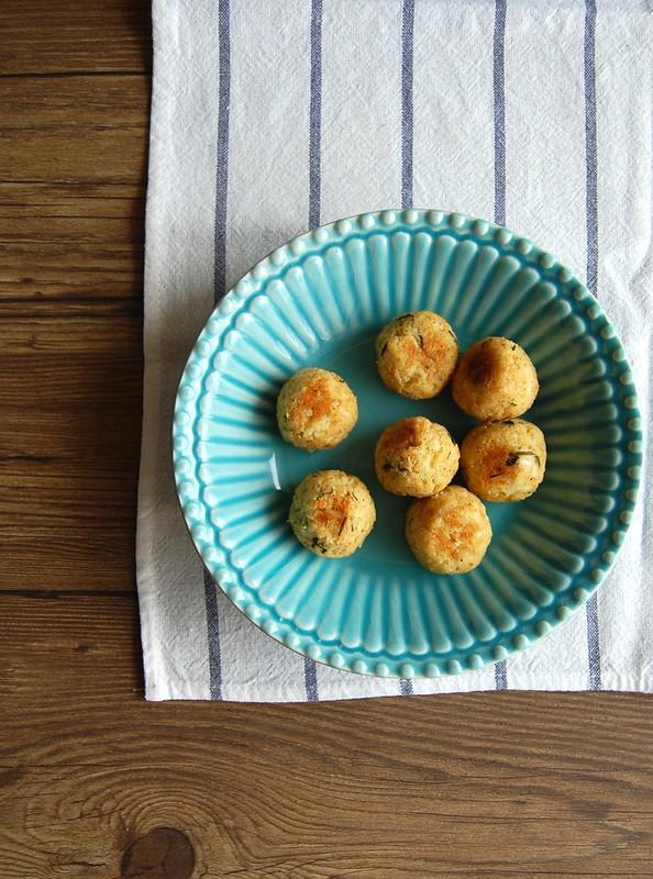 Bolinhos de couve-flor / Cauliflower balls