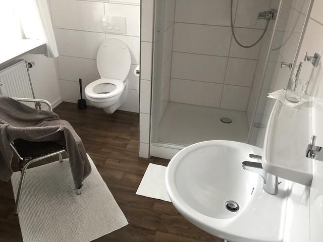 Gästezimmer zur Alten Brücke - Rotenburg - Badezimmer / Bathroom