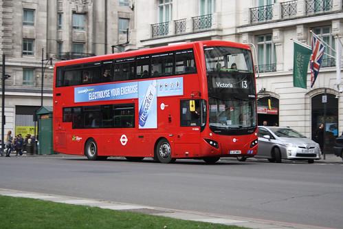 Tower Transit MV38206 LJ17WRG