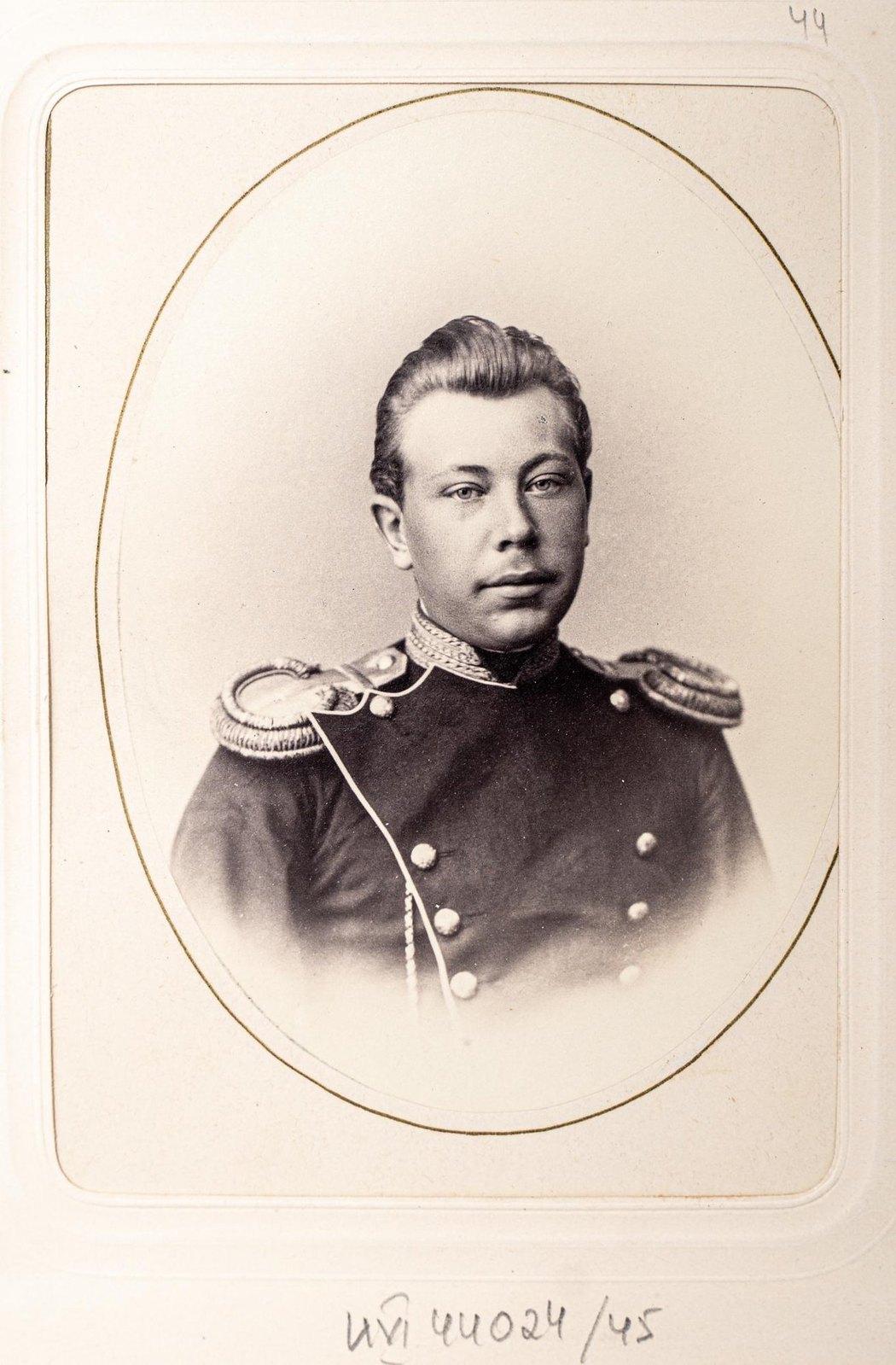 Неизвестный офицер Измайловского полка