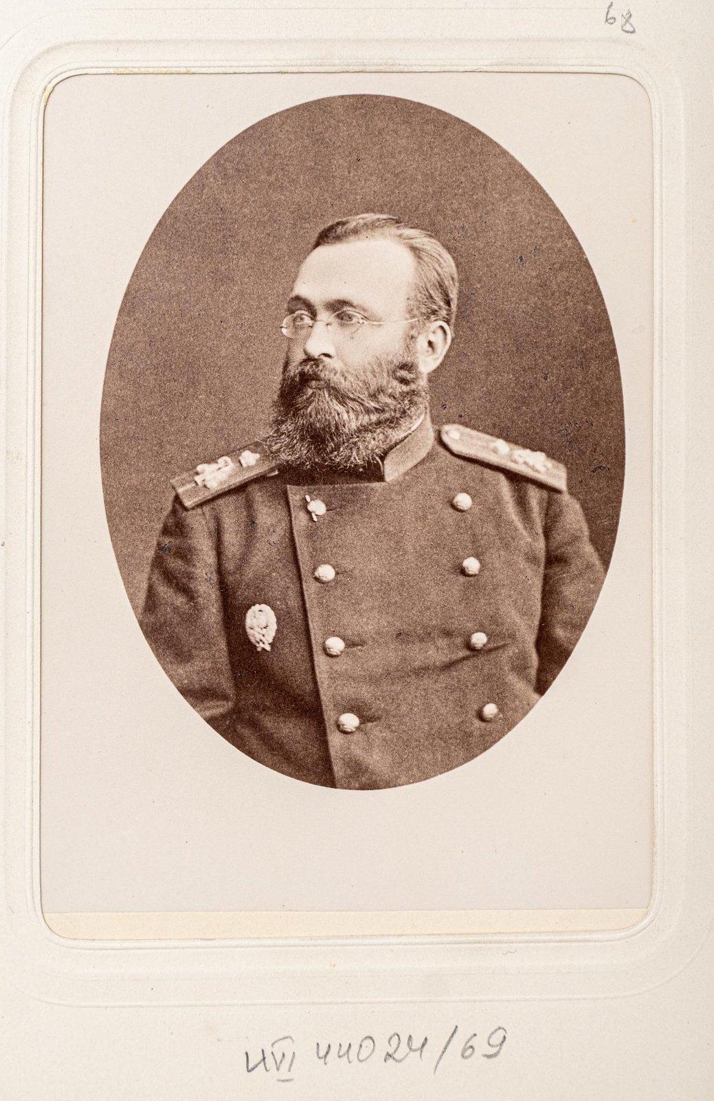 Неизвестный офицер Измайловского полка (3)