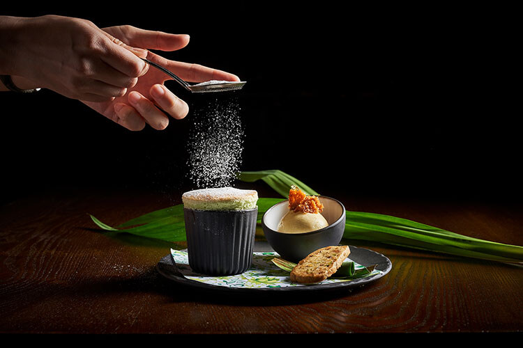 "Yong Ji Kam Lu"" Mango, Sago, Pomelo and Coconut Snow"