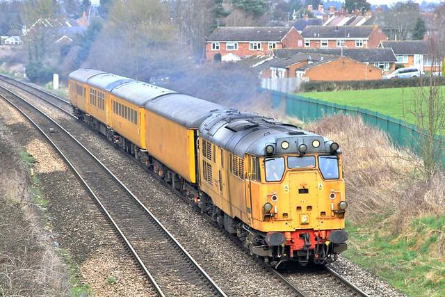 Network Rail 31233 3Q22 Droitwich Spa 16/03/15