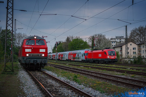 225 024 db cargo 1016 015 oebb Lindau Reutin 24 avril 2020 laurent joseph www wallorail be