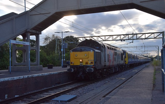 ROG 37800 running through Thorpe-le-Soken with 322481 & 322482 from Doncaster to Clacton, where they will undergo modifications for 110mph running.  24 04 2020