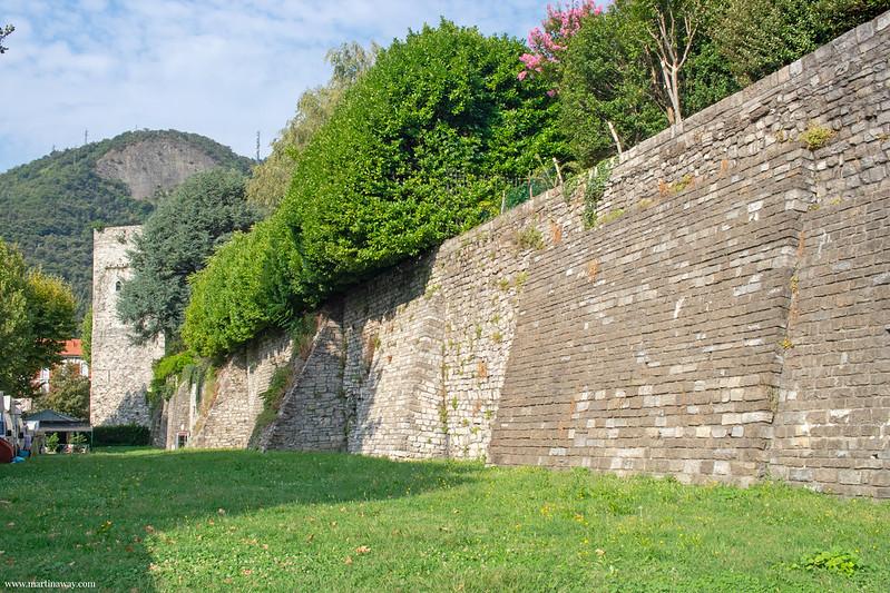 Mura di Como
