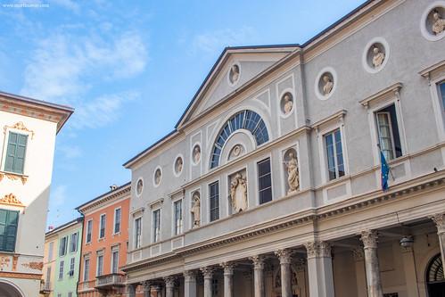 Chiesa di Santa Cecilia/Liceo Volta