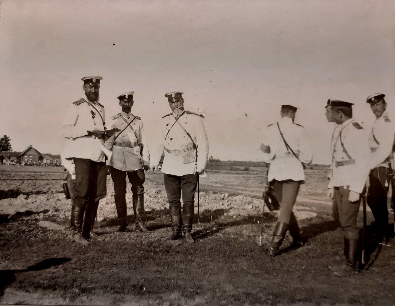 01. Группа офицеров