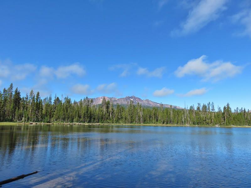 Diamond Peak from Diamond View Lake
