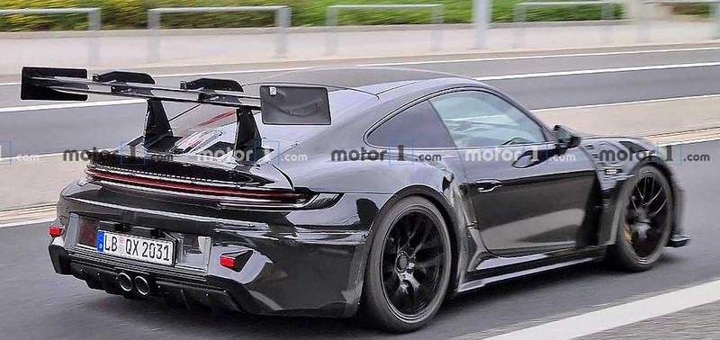 2022-porsche-911-gt3-rs-rear