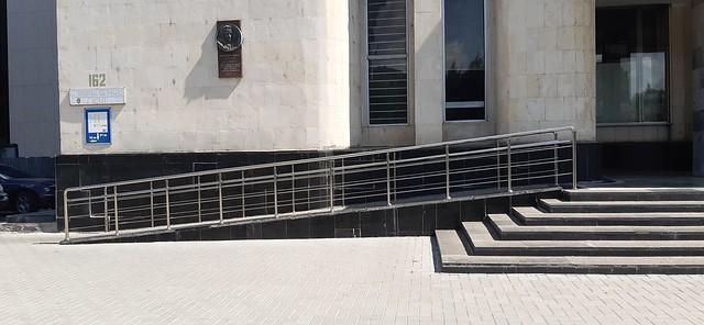 Judecătoria Chișinău, sediul Centru a fost evaluat prin prisma normativelor de accesibilitate
