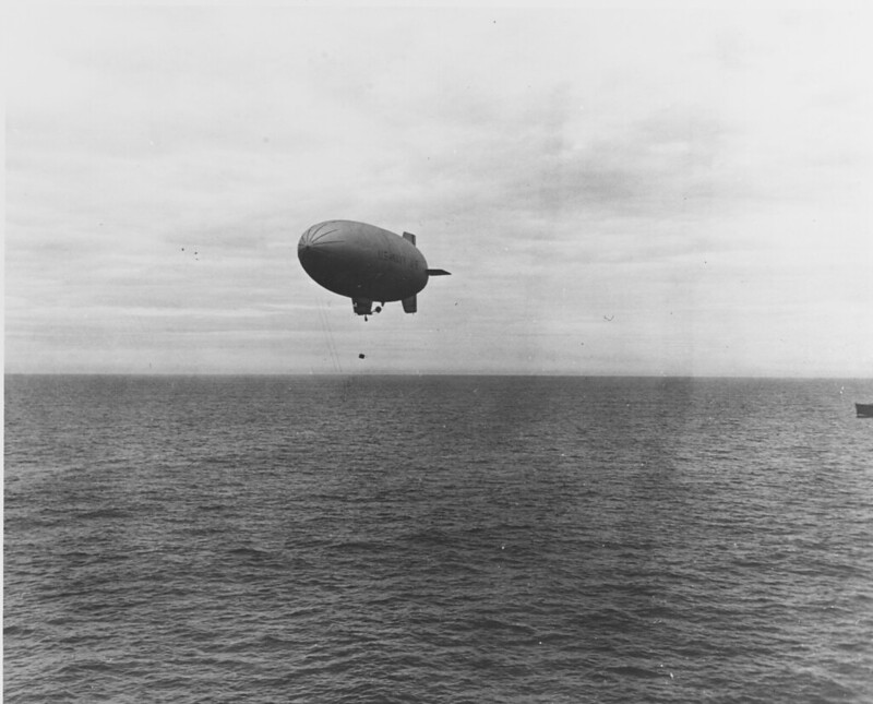 US Navy blimp L-8 carrying supplies