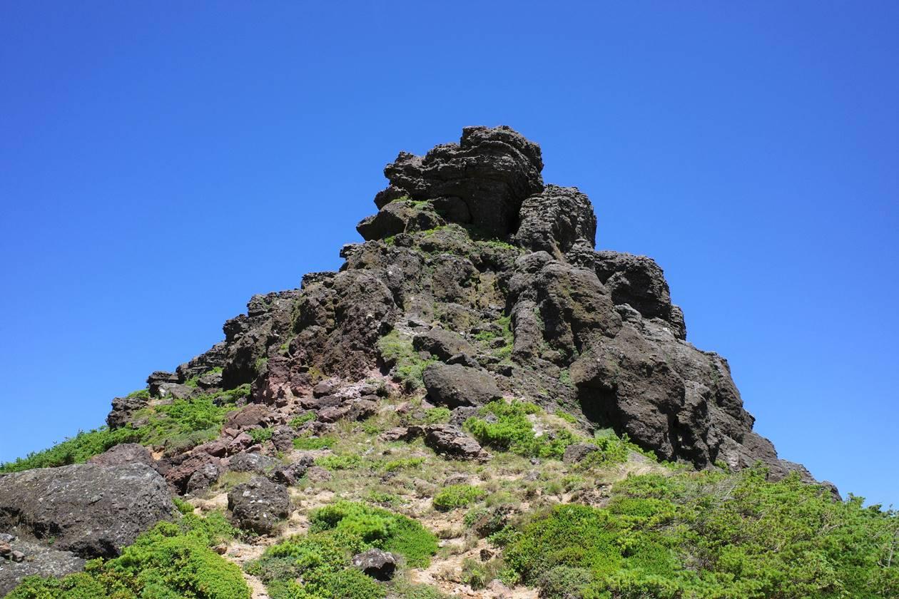 鉄山の岩場