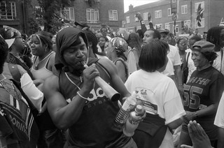 Notting Hill Carnival, 1998. Peter Marshall 98-822-24_2400