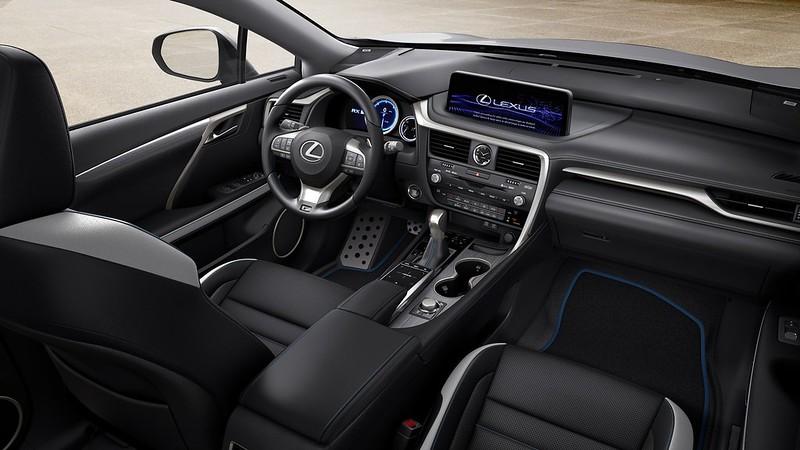 2021-Lexus-RX-Black-Line-3