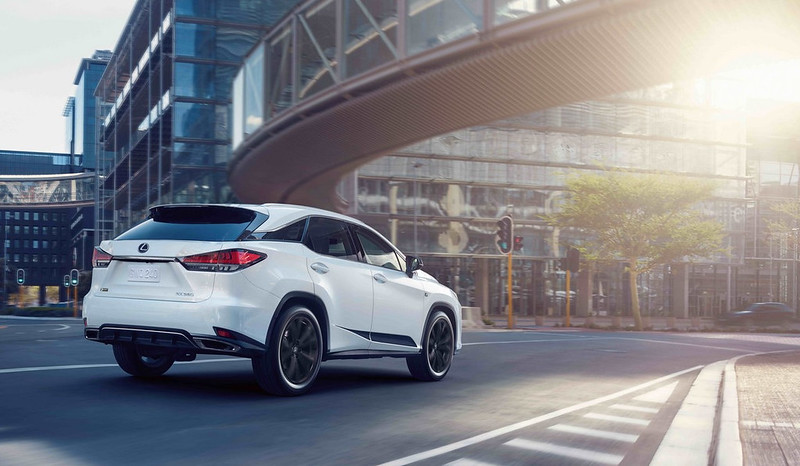 2021-Lexus-RX-Black-Line-7