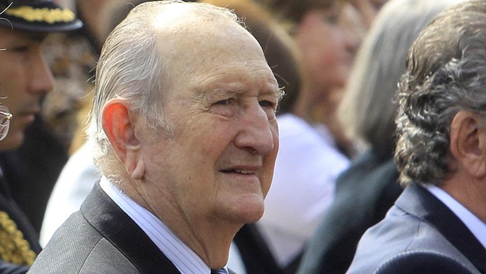 Rodolfo Stange: El general de la Junta Militar homenajeado por Carabineros