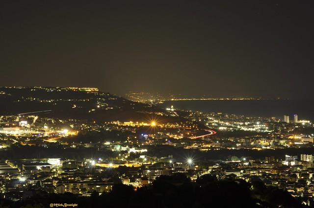 umida notte d'estate sulla costa adriatica-