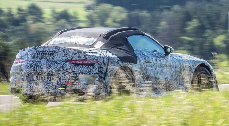 mercedes-benz-sl-roadster-teaser-photo-side-view (2)