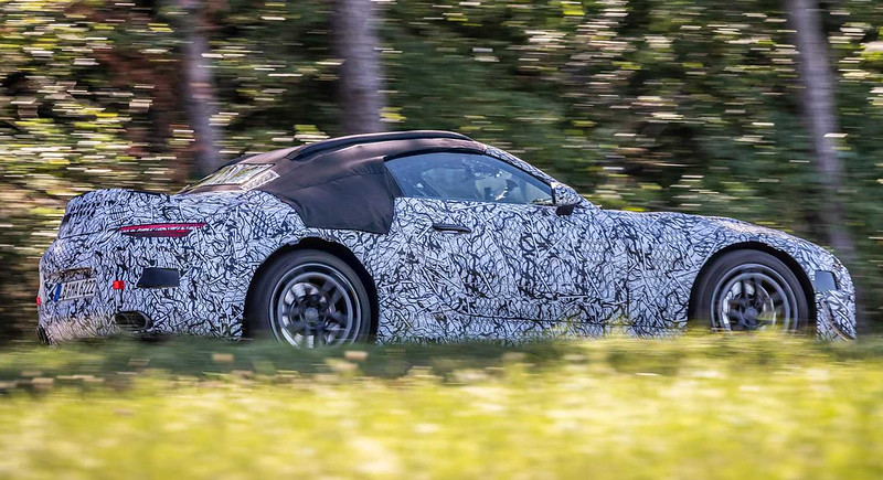 mercedes-benz-sl-roadster-teaser-photo-side-view (1)