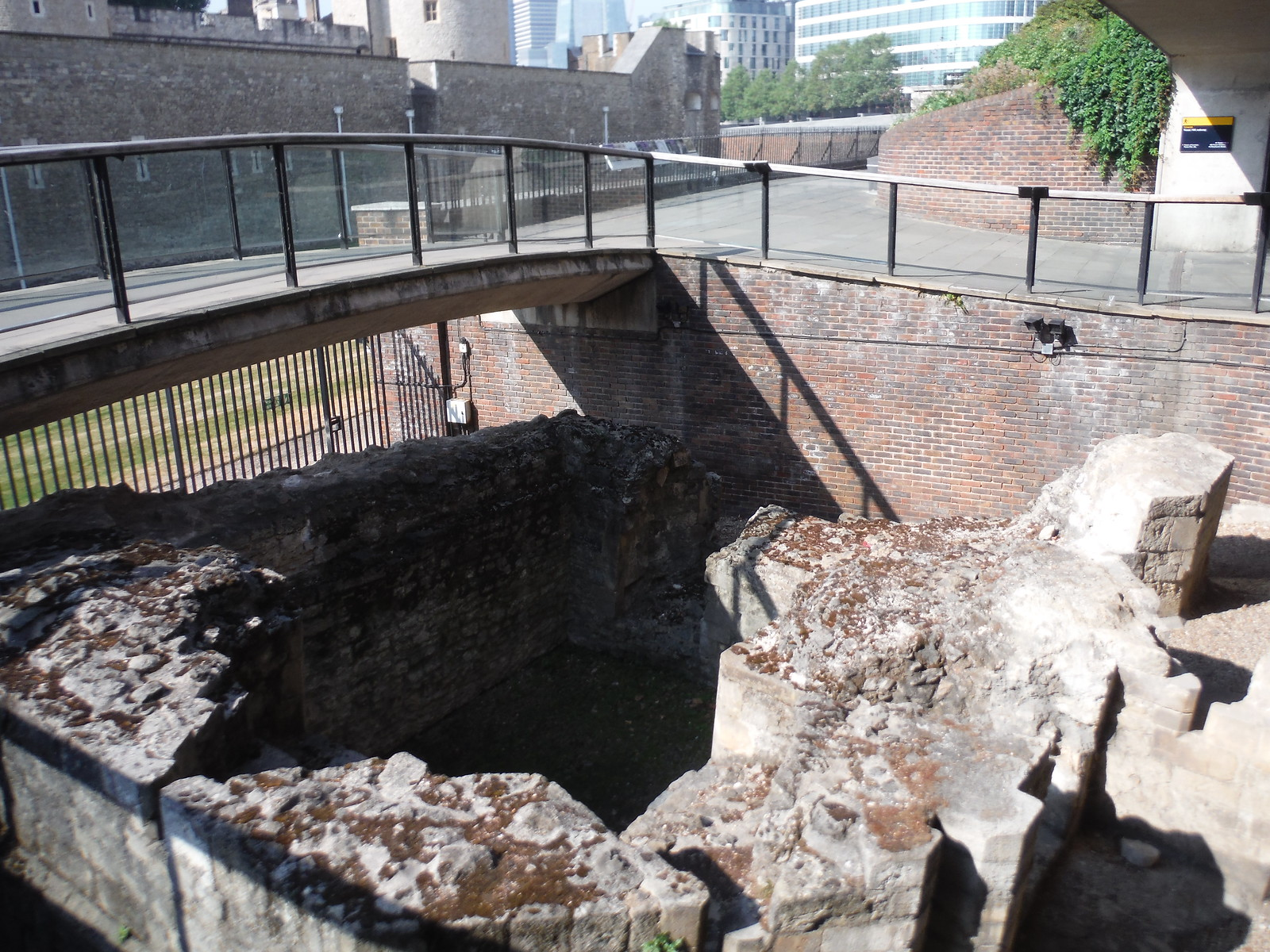 Ruined Stump of a Medieval Postern Gatehouse, Tower Hill SWC Short Walk 47 - The London Wall