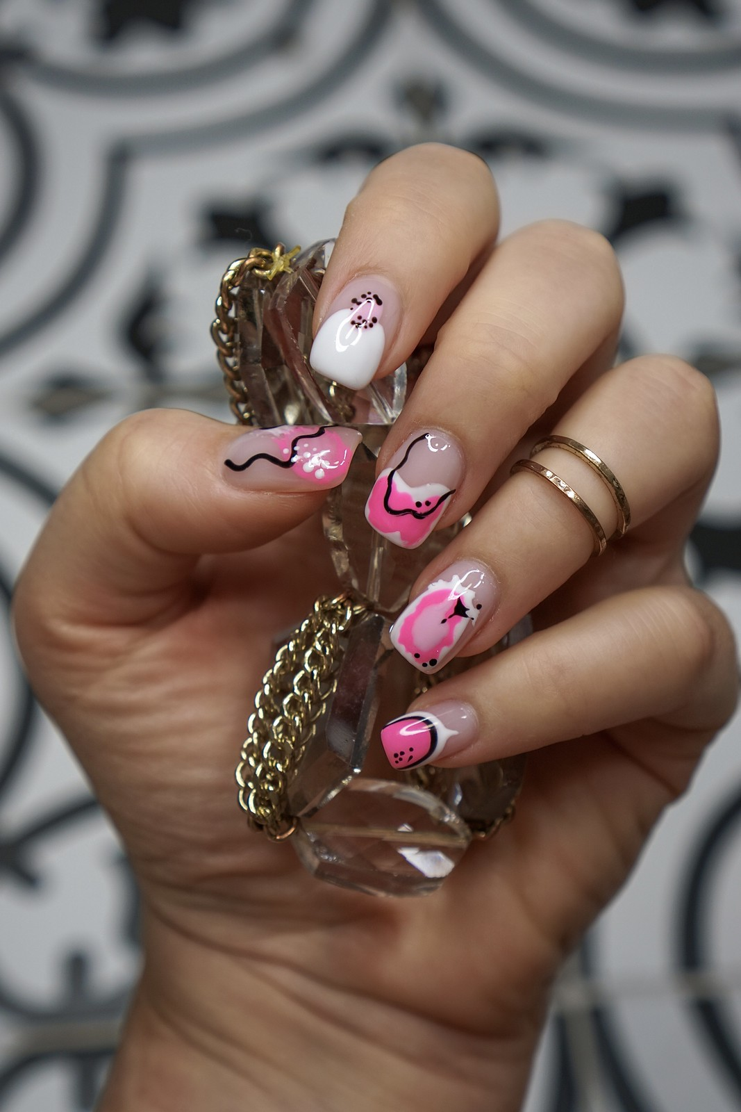 Manicure of the Month: Pink Abstract Nail Art | Pinterest Approved Nail Art | Chic Nail Designs | Square Nails | UV Gel | Color Gel | Nail Ideas | Hot Pink Nail Polish