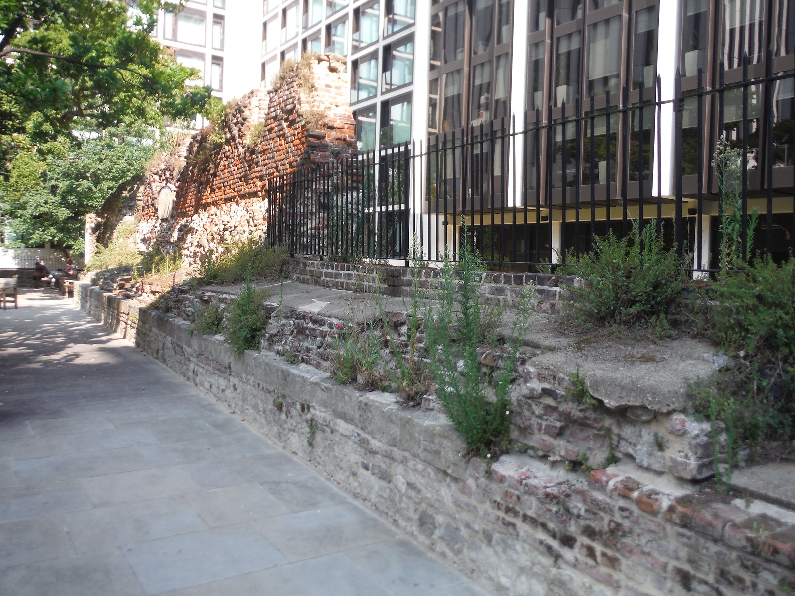 The Wall by Salter's Garden SWC Short Walk 47 - The London Wall