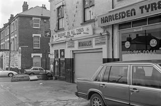 Harlesden Tyres, High St, Harlesden, Brent, 1988 88-3c-53-positive_2400
