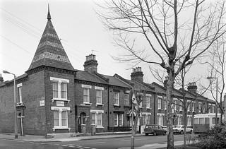 Droop St, West Kilburn, Westminster, 1988  88-3b-36-positive_2400