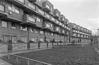 Aldsworth Close, Maida Hill, Westminster, 1988 88-3a-51-positive_2400