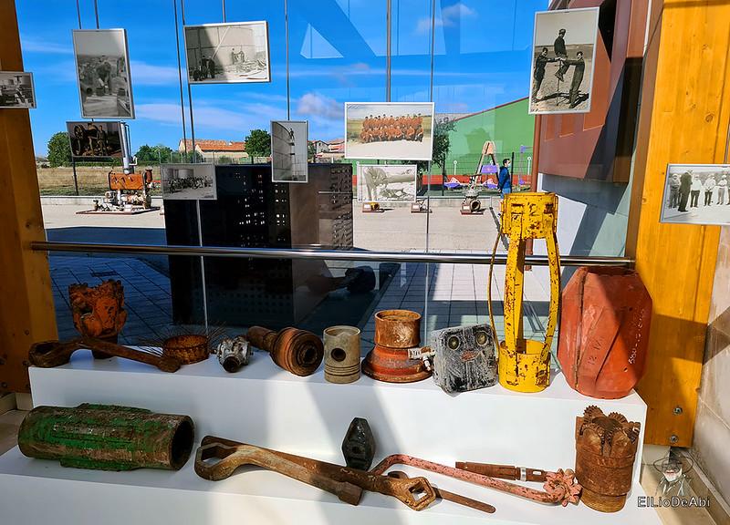 Museo del Petróleo en Sargentes de la Lora 8