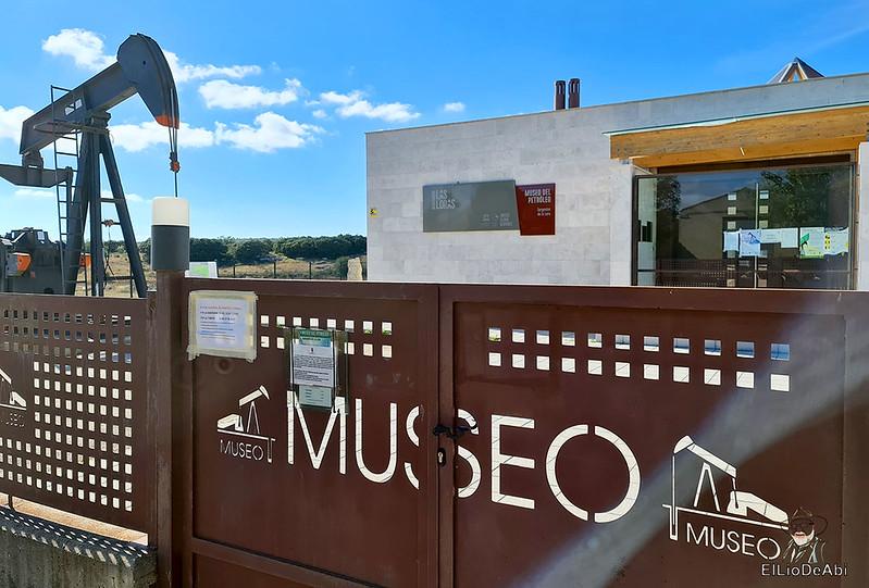 Museo del Petróleo en Sargentes de la Lora 2