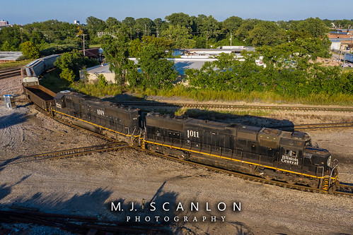 bnsfthayersouthsubdivision business cnjuntion cnmemphissubdivision cnrjy30 cargo commerce digital emd engine freight horsepower ic1011 ic1019 illinoiscentral landscape local locomotive logistics memphis merchandise mojo move outdoor rjy30 rail railfan railfanning railroad railroader railway sd70 scanlon tennessee track train trains transport transportation ©mjscanlon ©mjscanlonphotography