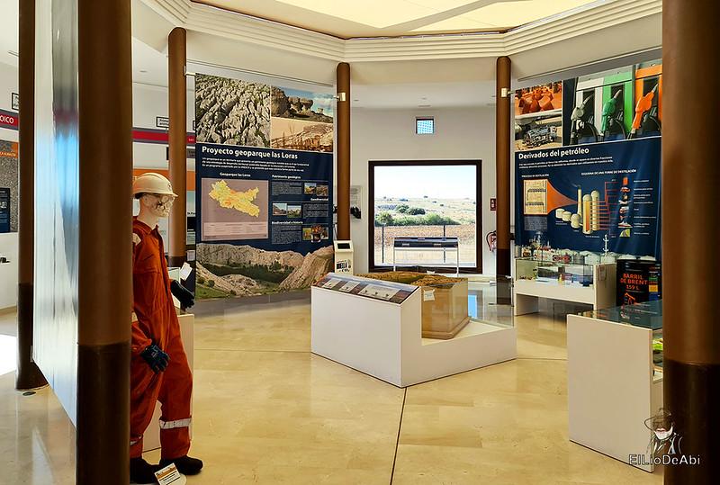Museo del Petróleo en Sargentes de la Lora 9