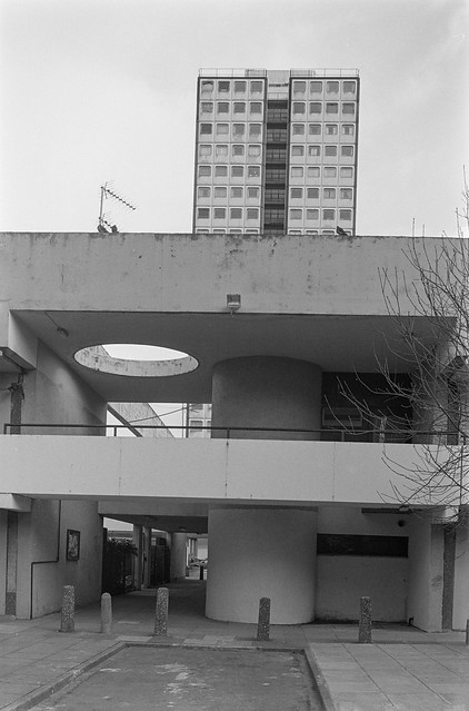 Elgin Estate, Elgin Ave, Harrow Rd, Maida Hill, Westminster, 1988 88-3a-11-positive_2400