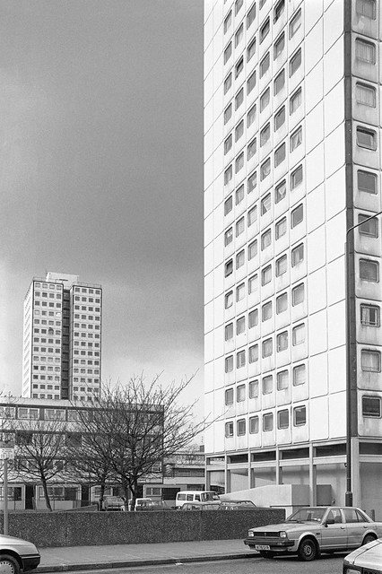 Elgin Estate, Elgin Ave, Harrow Rd, Maida Hill, Westminster, 1988 88-3a-44-positive_2400
