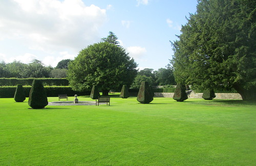 Topiary, Pitmedden Formal Garden